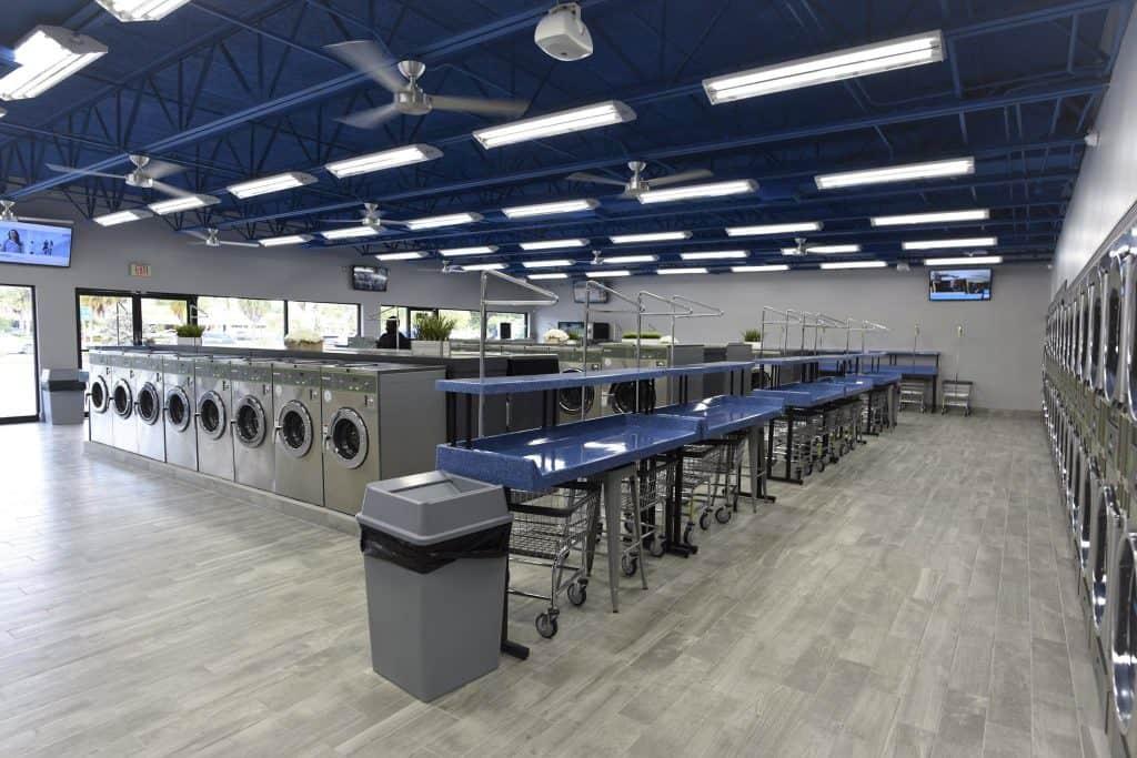 Oakland Park Laundromart